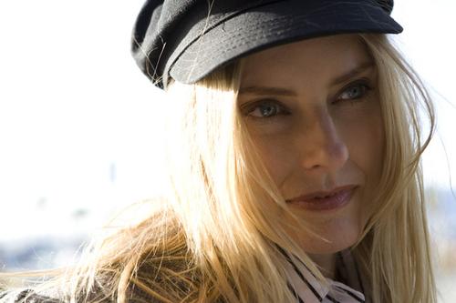 erica mann. Aimee Mann 9